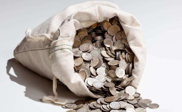 一手白银期货多少钱 一手白银期货佣金是多少