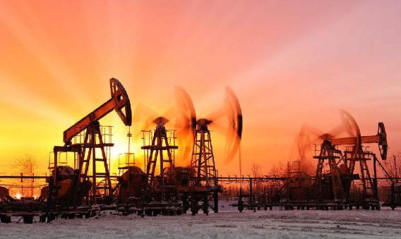 为什么买一手原油期货有些公司需要几千块有的需要几万块